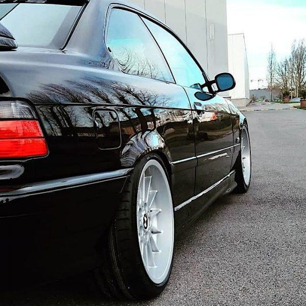 shiny garage Extreme Wear